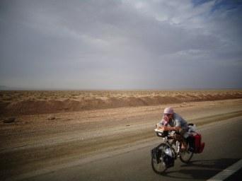 Mots croisés en plein désert