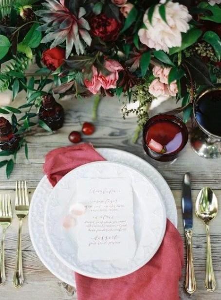 tavola allestita per nozze d'autunno