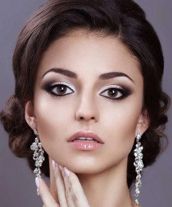 trucco sposa 2020 sfumature, smokey eye e halo make up