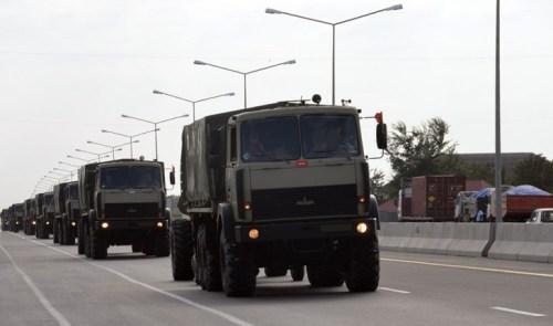 Raket və artilleriya birləşmələri döyüş atışlı təlimlər keçirib-