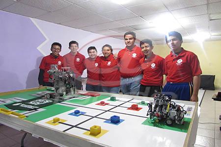 Los jóvenes van con la meta de obtener uno de los primeros tres lugares.
