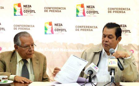 El alcalde demostró los daños a la economía en la canasta básica.