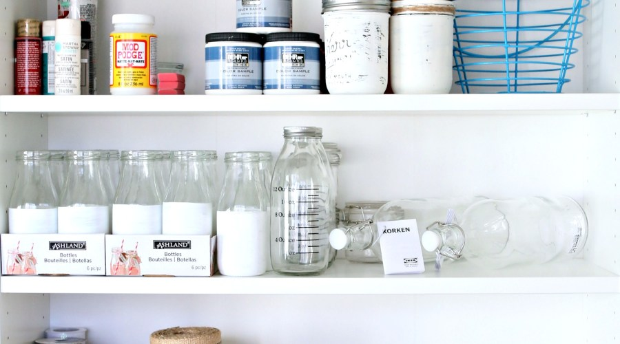 HOW TO CREATE A DIY WORKSPACE IN YOUR SMALL HOME