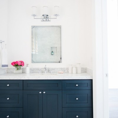 Navy blue is classic. Beautiful and bold and perfect for decorating. Here are some creative ways to add navy blue to your home decor. CREATIVE WAYS TO ADD NAVY BLUE TO YOUR HOME DECOR