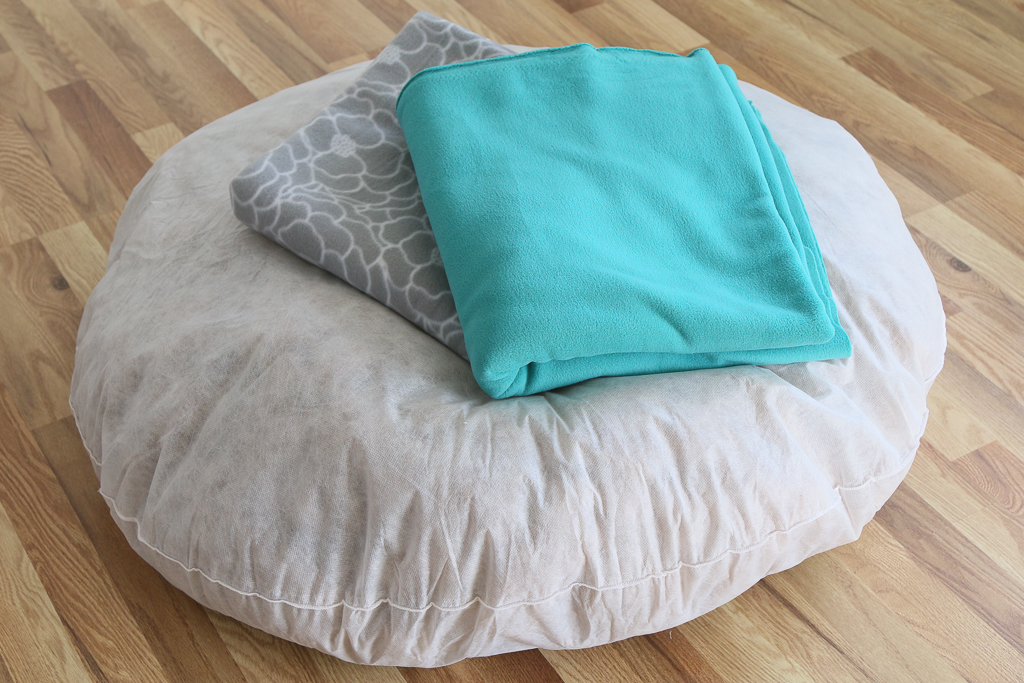 How To Make A Diy No Sew Dog Bed A Fresh Squeezed Life