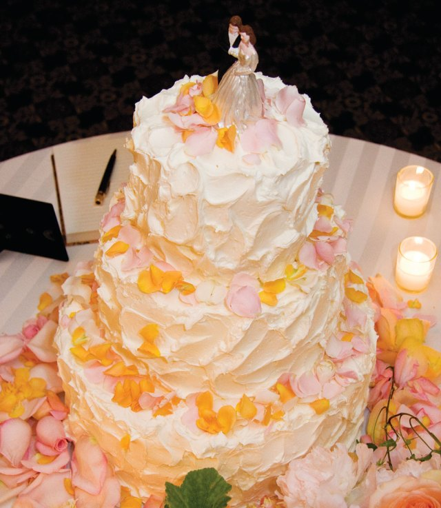 Nittany Lion Inn Wedding Cake