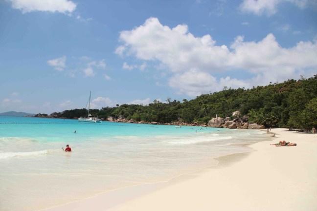 (1)Praslinのビーチ