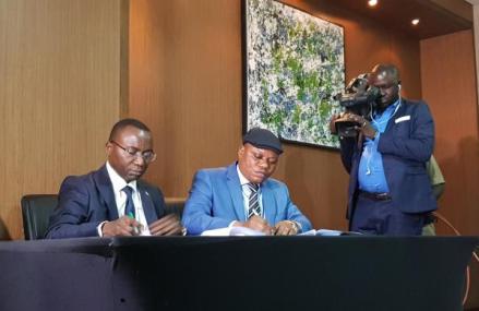 RDC: la coalition FCC-CACH s'engage à mettre en place un comité de suivi de l'accord