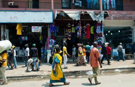 Kinshasa-Confinement à Gombe : plusieurs habitants de cette commune se délogent pour se réfugier dans d'autres communes ( constat)