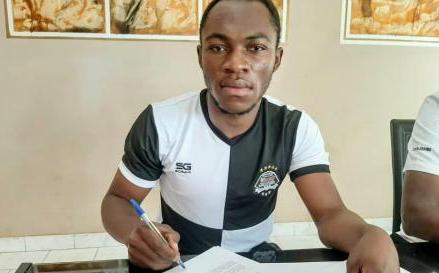 Foot : Jackson Muleka s'engage pour 4 saisons avec le Standard de Liège