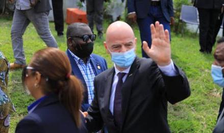 RDC :le président de la FIFA est arrivé à Kinshasa