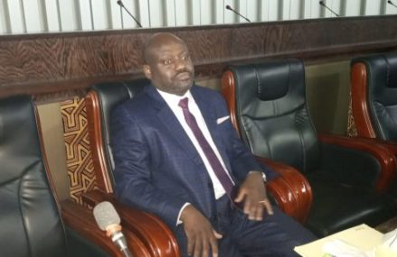 RDC : Dieudonné Tshibuabua appelle les députés à s'inscrire dans la vision du président Tshisekedi pour doter le pays d'une loi sur la double nationalité