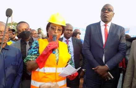 Kasaï : Les travaux de construction d'un centre d'excellence professionnel lancés par Antoinette Kipulu à Tshikapa