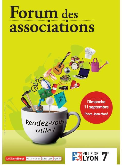 Forum des associations sur la place Jean Macé