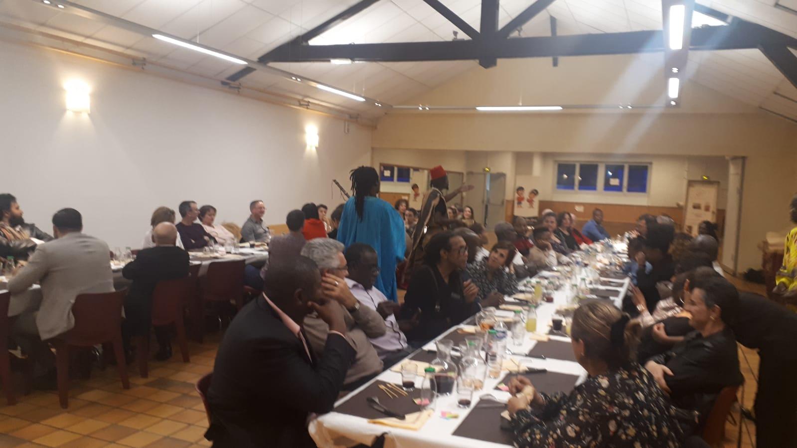 [SAGALY] Brochettes d'accras de niébé, d'alocos, couscous sahélien avec son agneau, déguê et soupe mangues ont régalé lors du buffet afro-gourmand du 11 octobre 2019