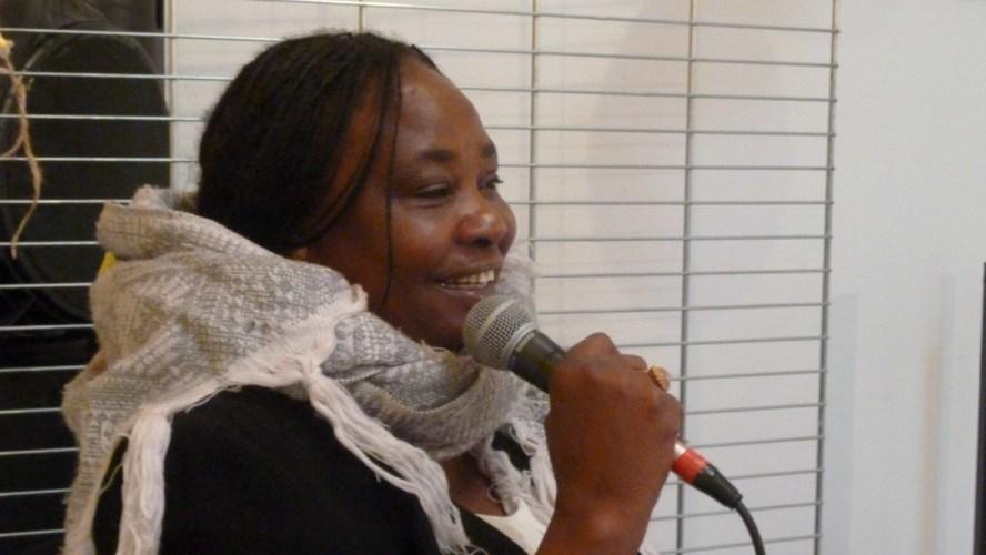 [DECOUVERTES LITTERAIRES] Fatimata HAMEY WAROU a présenté son livre MON PERE CE TIRAILLEUR NIGERIEN et son 1er livre L'ARBRE A PALABRES ET A RECITS le 25 juin 2021