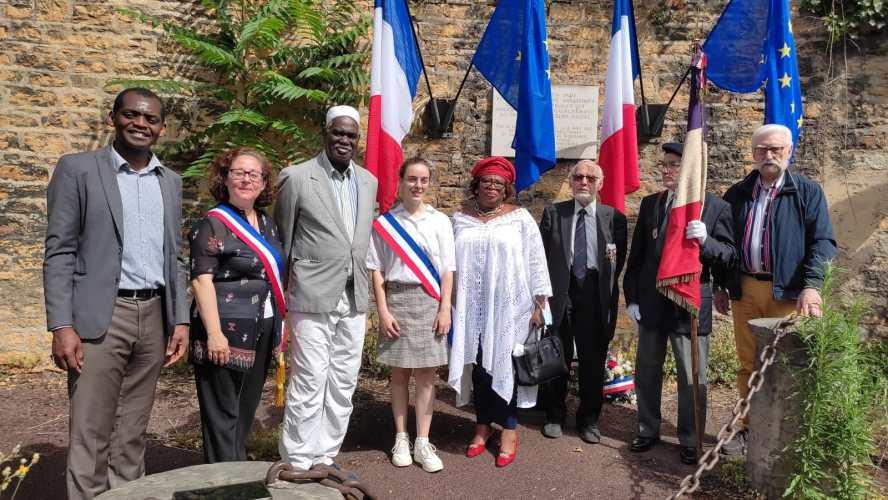 [MEMOIRE] Hommage rendu ce 18 juin 2021 aux 27 tirailleurs africains en juin 1940 fusillés par les nazis à Balmont lyon9 (photos et vidéo)
