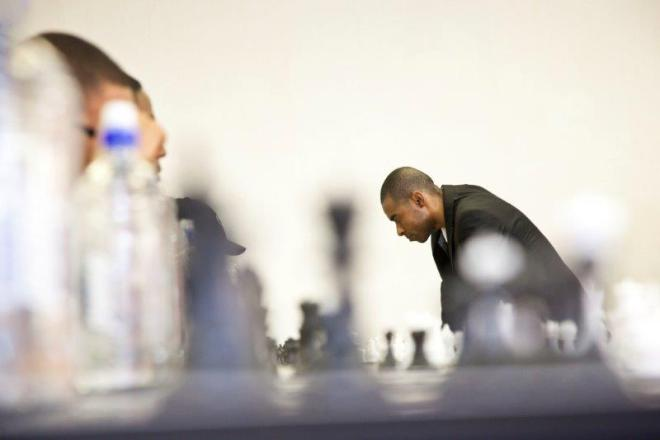 Kenny Solomon playing Chess