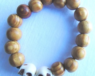 wooden bracelet shaped ball