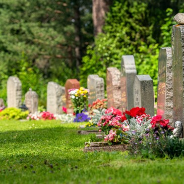 City's burial assistance program of $1,700 now open to undocumented New Yorkers