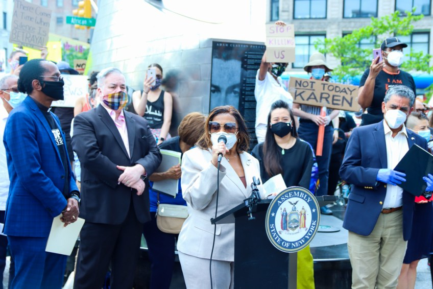 Let Us Breathe Press Conference for Police Reform in Harlem by New York State Black, Puerto Rican, Hispanic, and Asian Legislative Caucus-8881