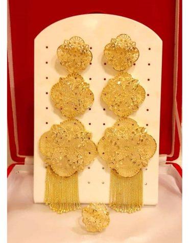 African gold earrings