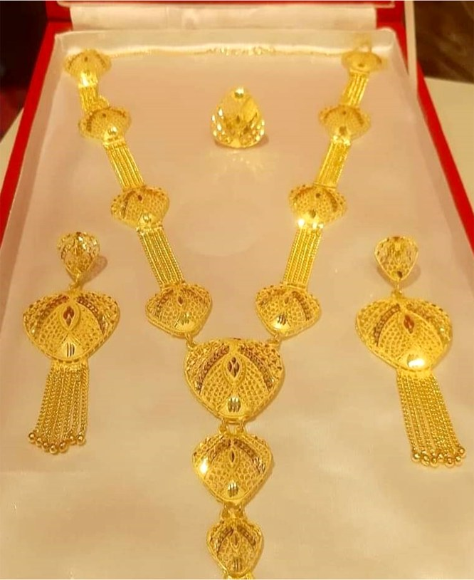 Ethnic Style Gold Plated Necklace Set Jewelry for Women