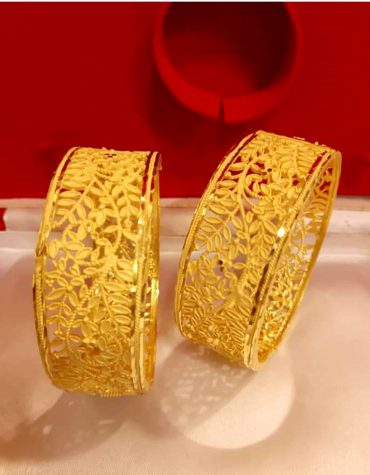 Stylish African Designer Jaali Designer Golden Plated Bangle