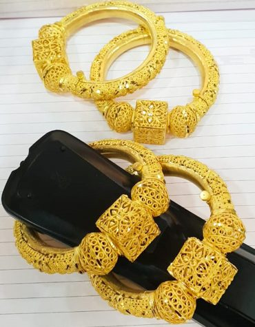 Stylish African Designer Golden Plated Premium Traditional Bangle 4 Set