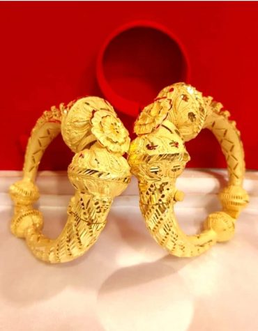 New Flower Designer Golden Plated Couple Bangle 2 Set