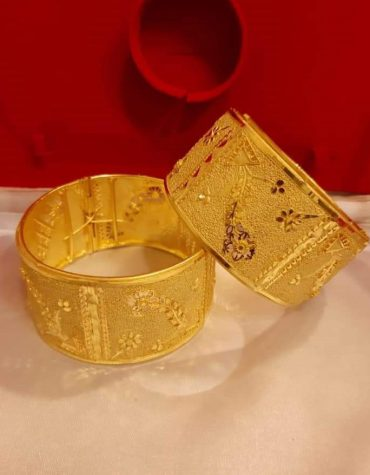 New Stylish African Boutique 2 Gram Golden Plated Bangle