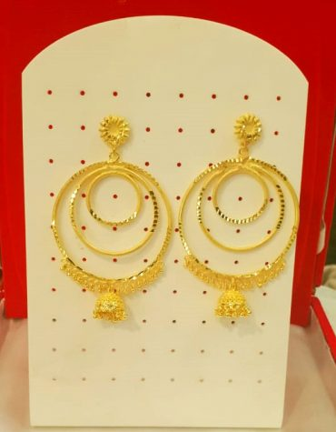 Designers Golden Beautiful Earring Set