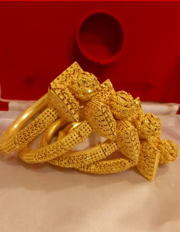 2020 New Stylish African Designer Golden Plated Bangle 4 Set For Women