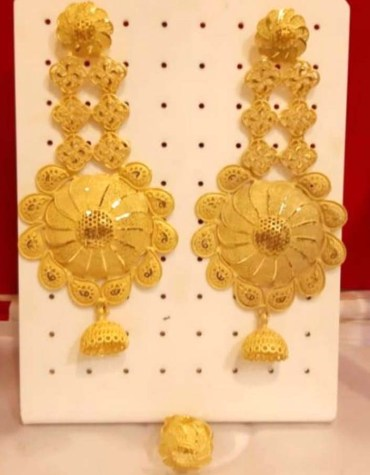 African Best Designer Golden Plated Earring Set for Woman