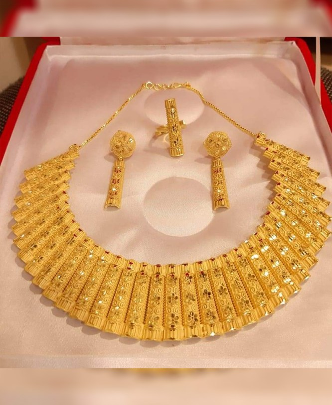 New Stylish & Fabulas Party Wear 2 Gram Gold Jewellery Necklace and Earrings Set For Women