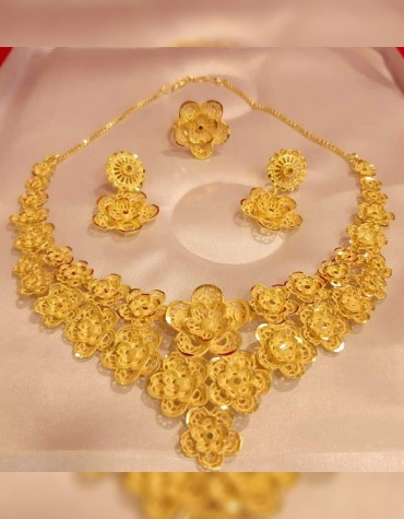 New Stylish & Fabulous Party Wear 2 Gram Gold Jewellery Necklace and Earrings Set For Women