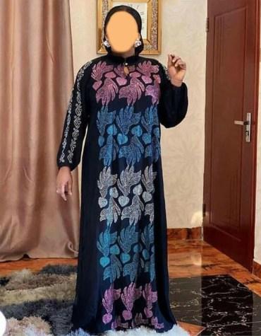 New African Velvet Abaya for women Kaftan Elegant Embroidered Rhinestone work