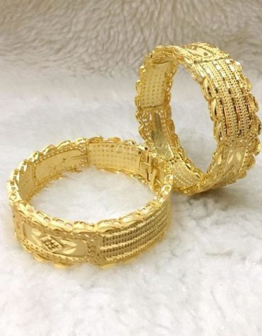 Latest Trendy African Design Evening Party Wear Bangles Set For Women