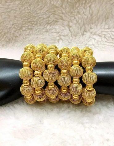 Elegant Colored Gold Bijoux