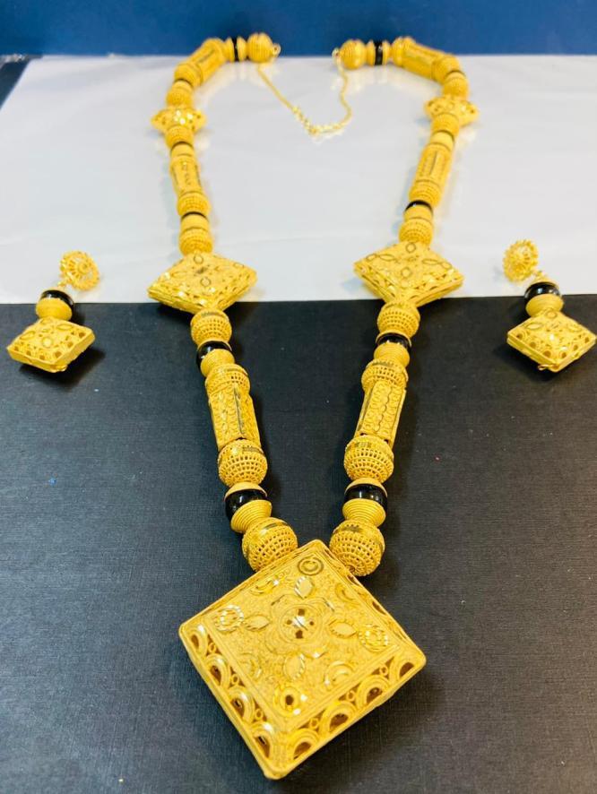 Elegant & Trendy Unique Designer Necklace Set African Jewelry For Women