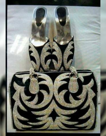 Fancy Wedding Gold Crystal Beaded Evening Black handbags with Mojri sandal for women