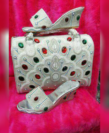 New Trendy Seed Beads And Red Stone Embellished Hand Bag & 1 Pair OF Sandal's Party Or Wedding Wear For Women