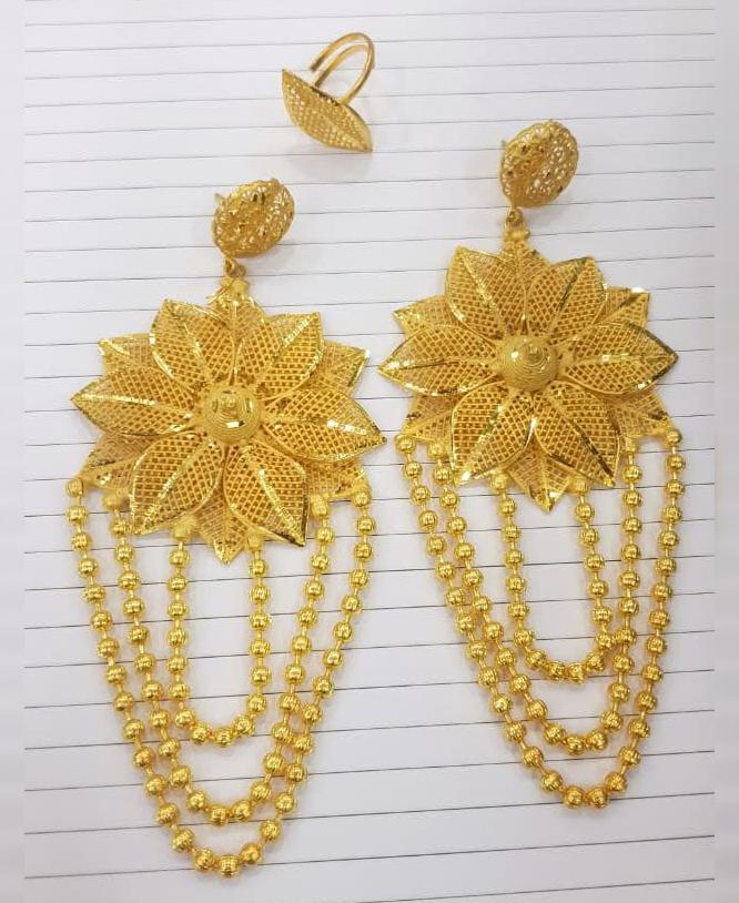New Trendy Designer Golden Floral Design Earrings Wedding Party Set