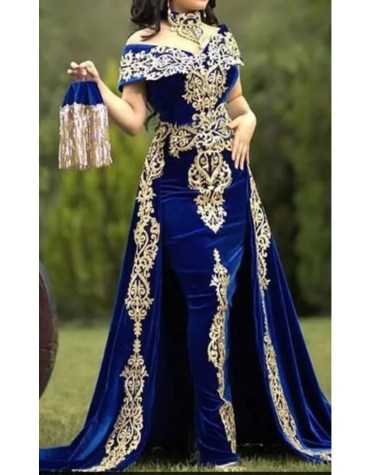 Stylish Elegant African Attire Velvet Kaftan Elegant Embroidery work For Women
