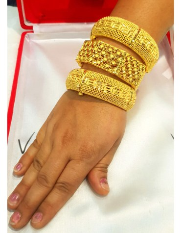 African Latest Style Elegant Gold Bangles Party Wear Jewellery Set For Women