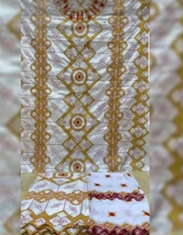 Elegant African Dress Material With 100% Super Magnum Gold Getzner Bazin