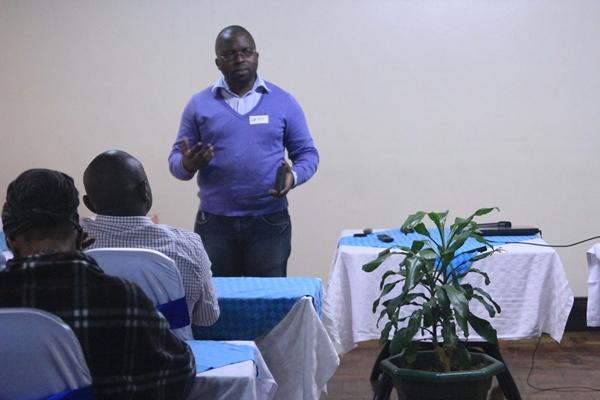 Walter Akolo African freelance writer