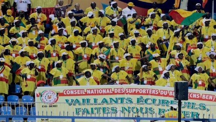 Les-supporters-Béninois-sont-présents--stade-dismaïla.