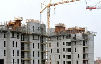 Qu'en est-il de l'état d'avancement des travaux du programme spécifique des logements sociaux