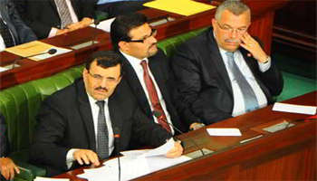 Le gouvernement au complet à l'exception du ministre de la Défense